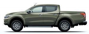 L200-earth green metallic